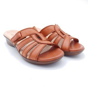 Clarks Collection Womens Loomis Gale Leather Slide